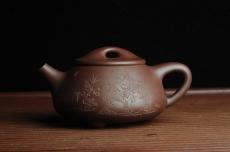 紫砂壶图片:贺岁新品 优质紫茄泥全手工高士竹图 风清气正满瓢 - 全手工紫砂壶网