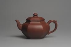 紫砂壶图片:实力派张海艳全手工小品笑樱壶 做工灰常精致 线面挺括 - 全手工紫砂壶网