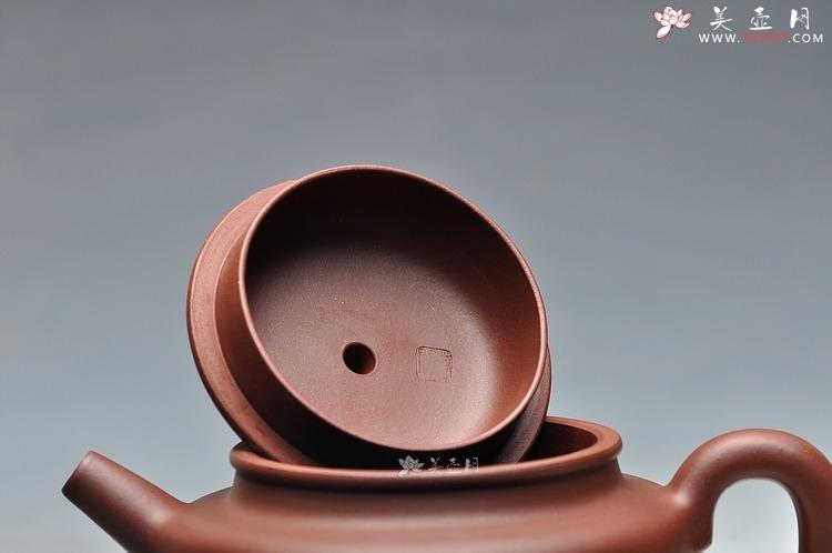 紫砂壶图片:更耐品 万阗阗最新全手力作 大亨德中 浑厚大气 - 全手工紫砂壶网