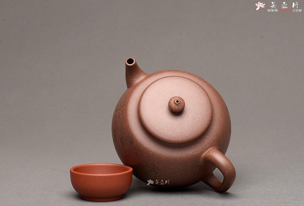 紫砂壶图片:紫泥调砂 金石浓郁 文气之作 全手蕴香 国工和石精刻 - 全手工紫砂壶网