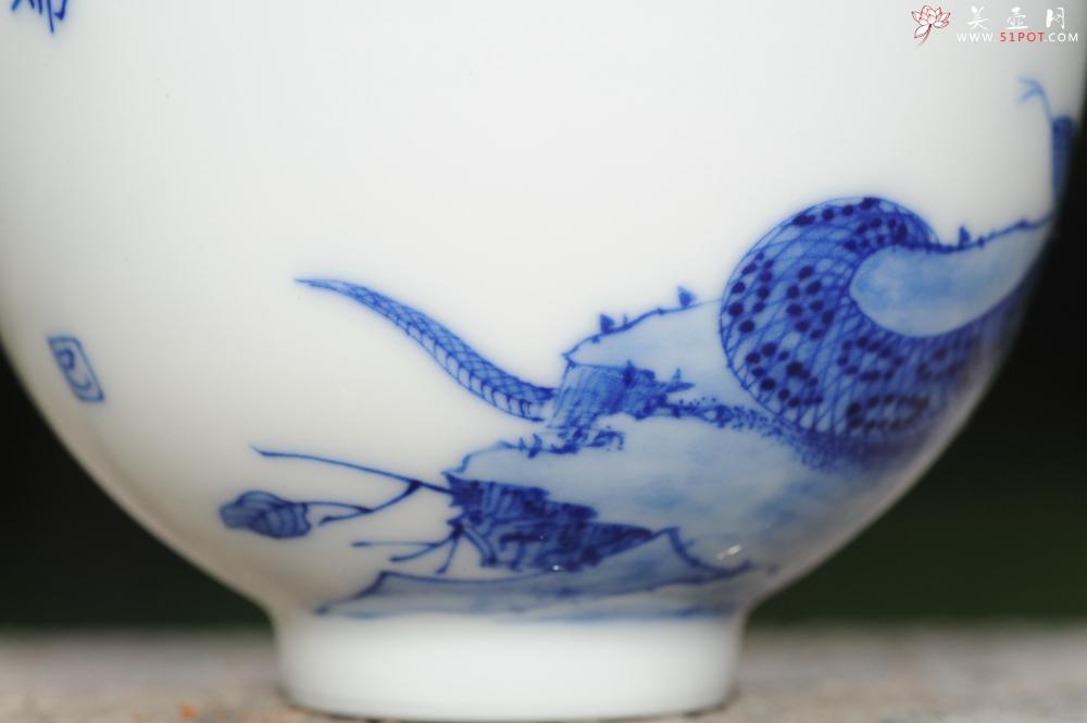 紫砂壶图片:生肖蛇 景德镇全手工手绘青花主人杯  - 全手工紫砂壶网