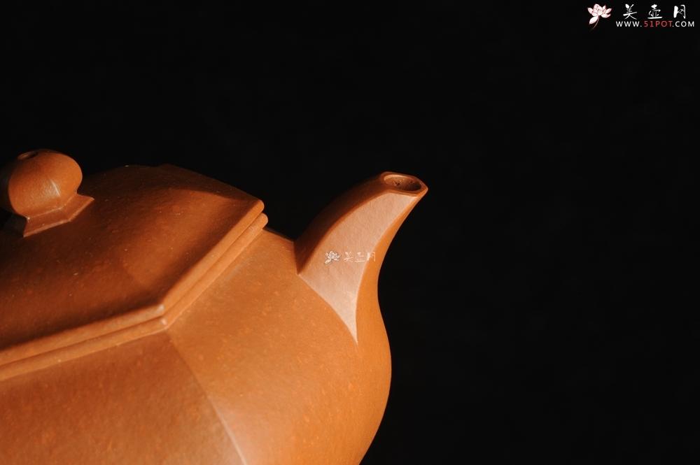 紫砂壶图片:张海莊突破之作 全手工六方宫灯 粗砂朱泥收缩大 成型难 朱砂金砂隐现 - 全手工紫砂壶网