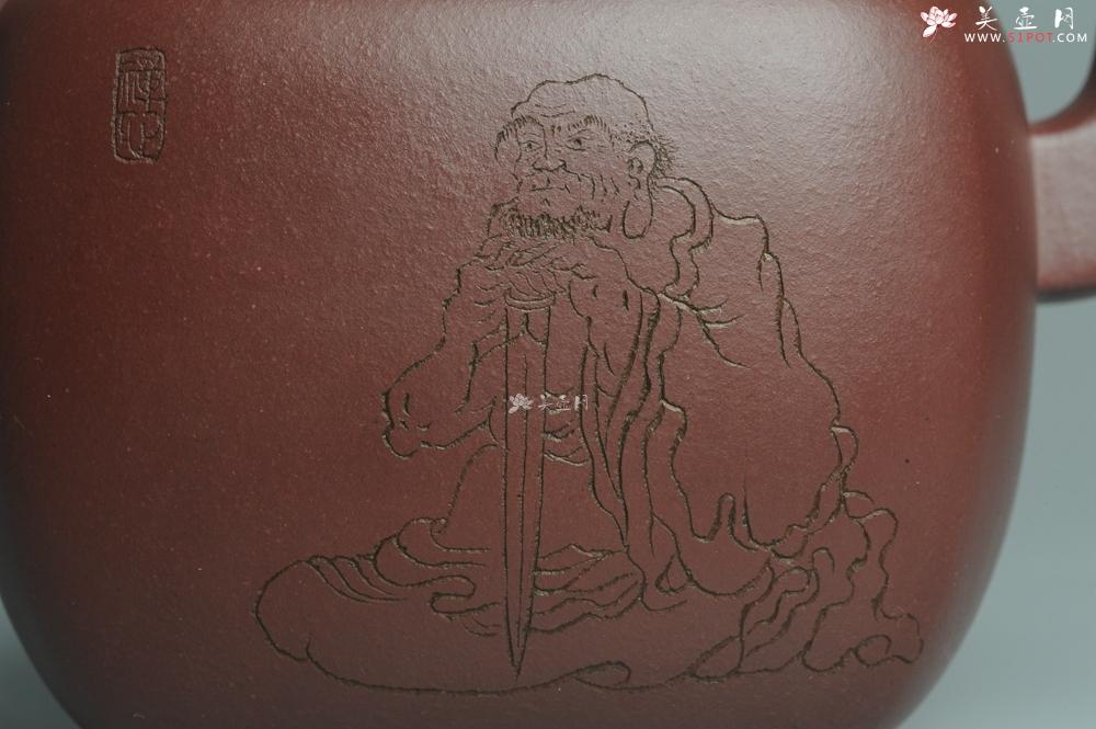 紫砂壶图片:实力派张海艳全手工重器鸣远四方 方健老师双刀装饰 浑厚大气 - 全手工紫砂壶网