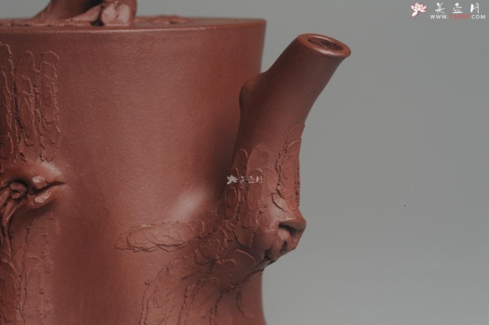 紫砂壶图片:实力派全手工木棉松桩 气质非凡 肌理自然生动 难度大 - 全手工紫砂壶网