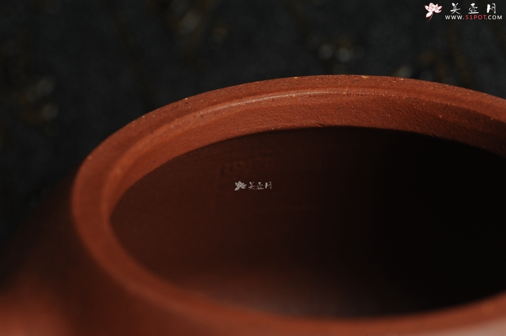 紫砂壶图片:油润底曹青 全手工精品子冶石瓢 骨肉匀挺 文气装饰兰草图 长剑不借时人看 - 全手工紫砂壶网