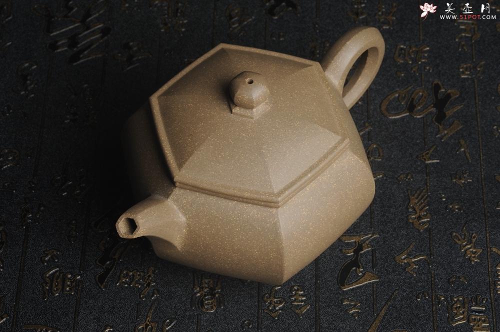 紫砂壶图片:优质青段 饱满大气全手工六方宫灯 - 全手工紫砂壶网