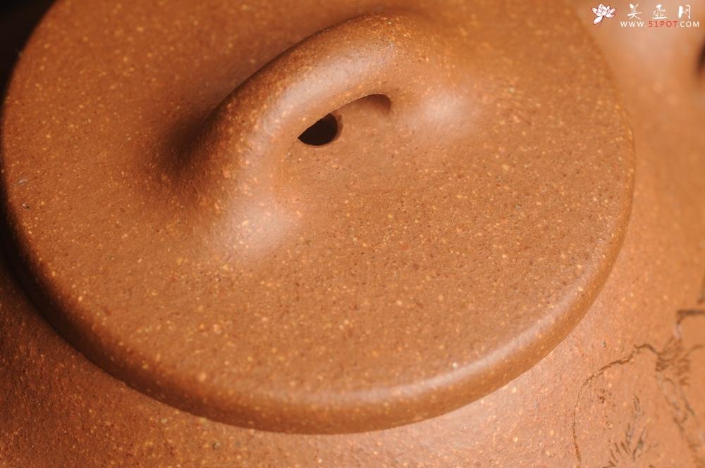 紫砂壶图片:油润五彩段泥 全手工薄胎子冶石瓢 难度大 骨肉匀挺 文气装饰罗汉图 无为 - 全手工紫砂壶网