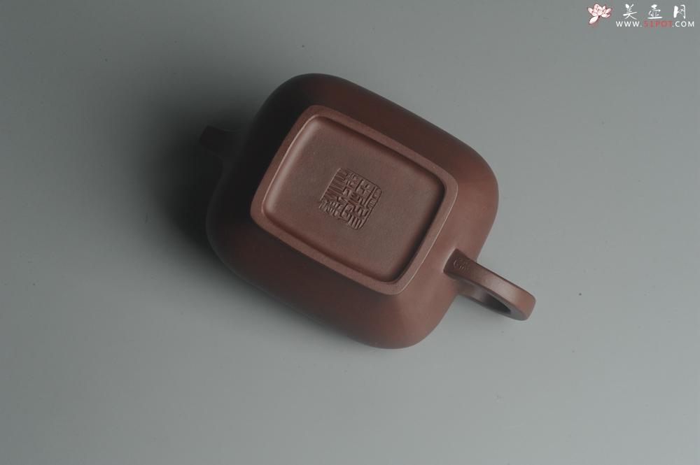 紫砂壶图片:全手工精工小四方虚扁壶 - 全手工紫砂壶网
