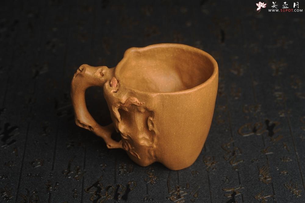 紫砂壶图片:美杯精品特惠 实力演绎全手工老黄段泥松鼠杯 松鼠灵动 贴叶生动 不失为一把好杯 - 全手工紫砂壶网