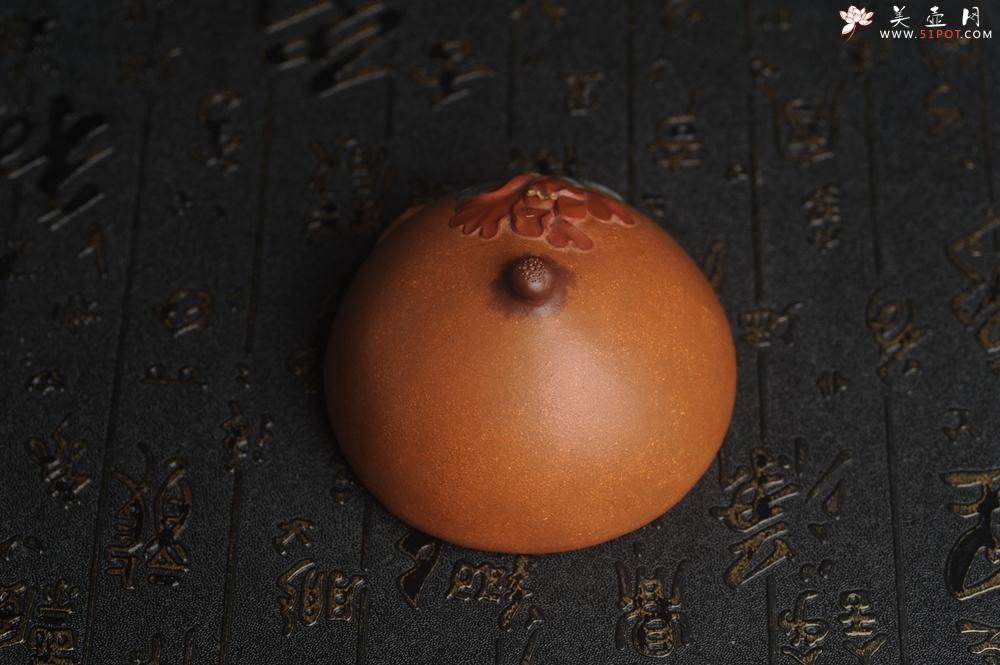 紫砂壶图片:美宠特惠 精致全手工 牡丹贴花特灵动 盖托 茶宠摆件直径8.5cm高5cm - 全手工紫砂壶网
