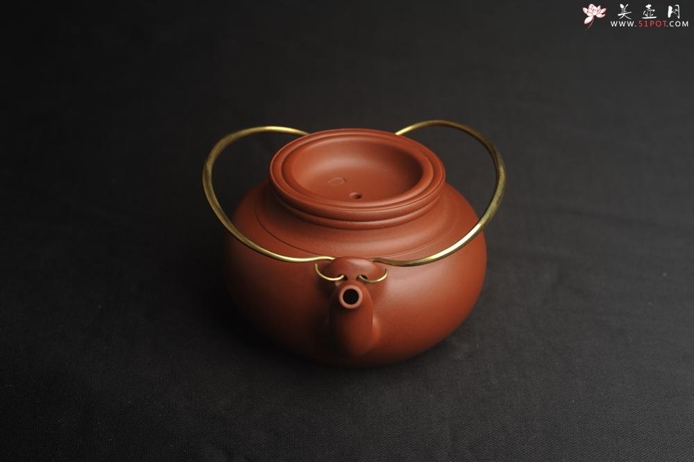 紫砂壶图片:潜力股周小培全手工老清水泥蛋包提梁壶 特实用 - 全手工紫砂壶网