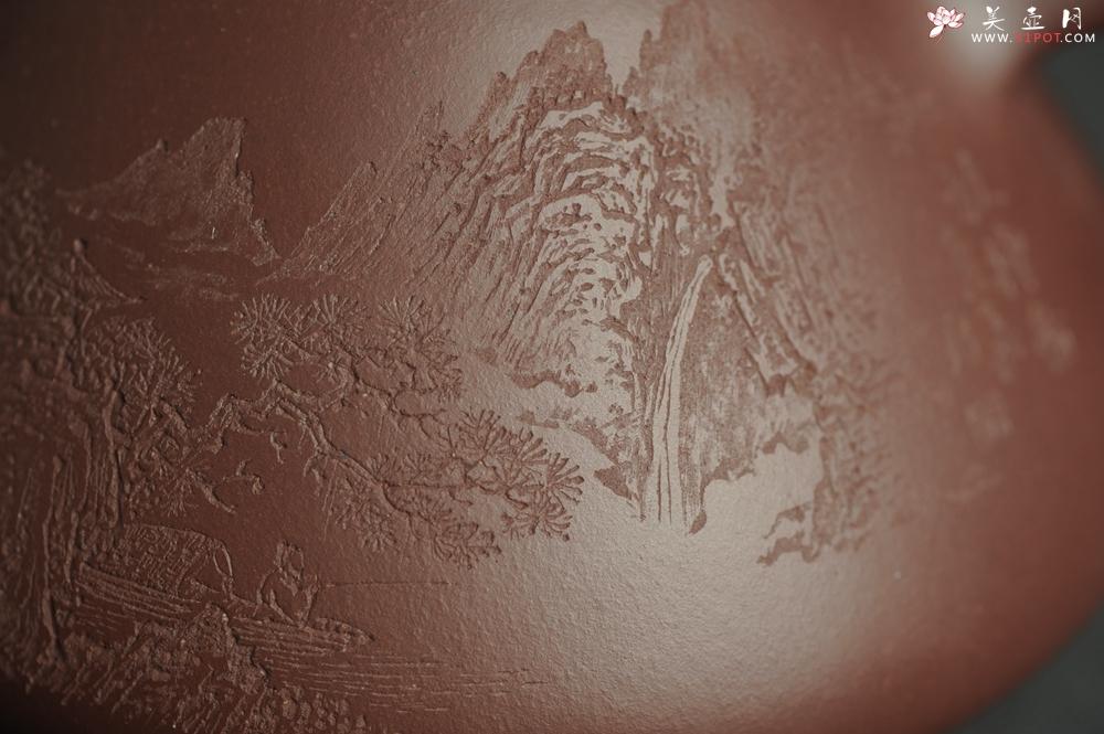 紫砂壶图片:油润底曹青 全手工特好子冶石瓢 强强联合工艺师刘彦飞装饰山水图 特文气 - 全手工紫砂壶网