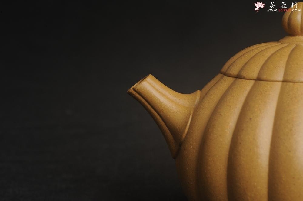 紫砂壶图片:实力派张海艳精工实力之作全手工菊瓣西施壶 壶特好 - 全手工紫砂壶网