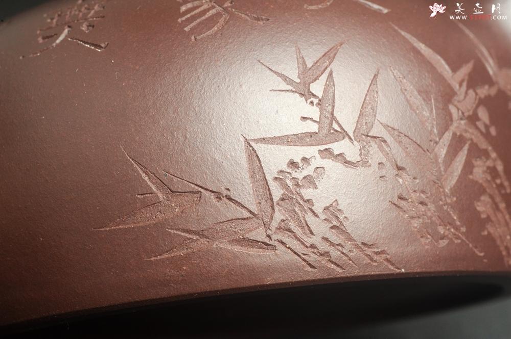紫砂壶图片:潜力股周小培老师 油润底槽清 卡盖难度相当大 全手工大半月紫砂壶 大象无形 特文气 期待与亲结缘 - 全手工紫砂壶网