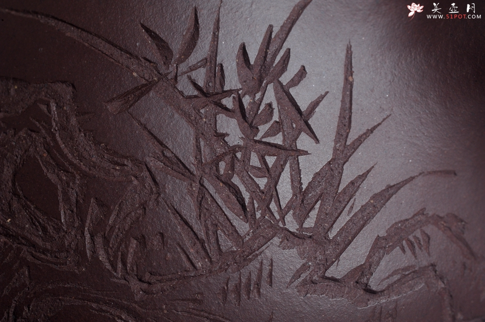 紫砂壶图片:实力派助工周斌 优质底槽青全手工精工满瓢壶 刘伟涛徒昊然装饰兰草图 一香已足压千红 - 全手工紫砂壶网
